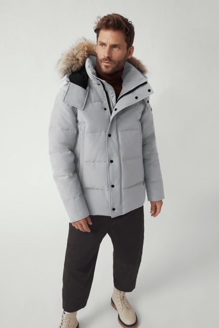 Wyndham 黑标派克大衣