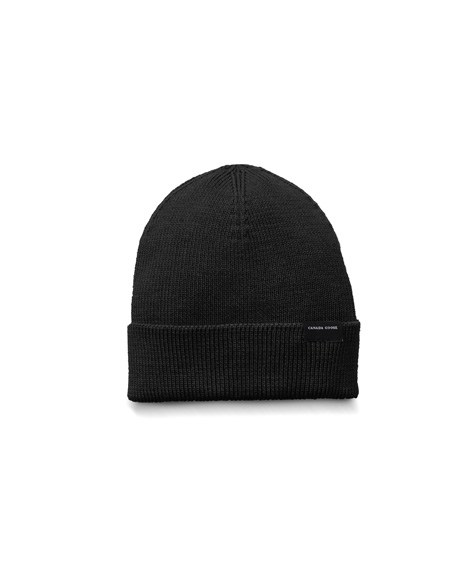 Shop the Fitted Beanie (W)