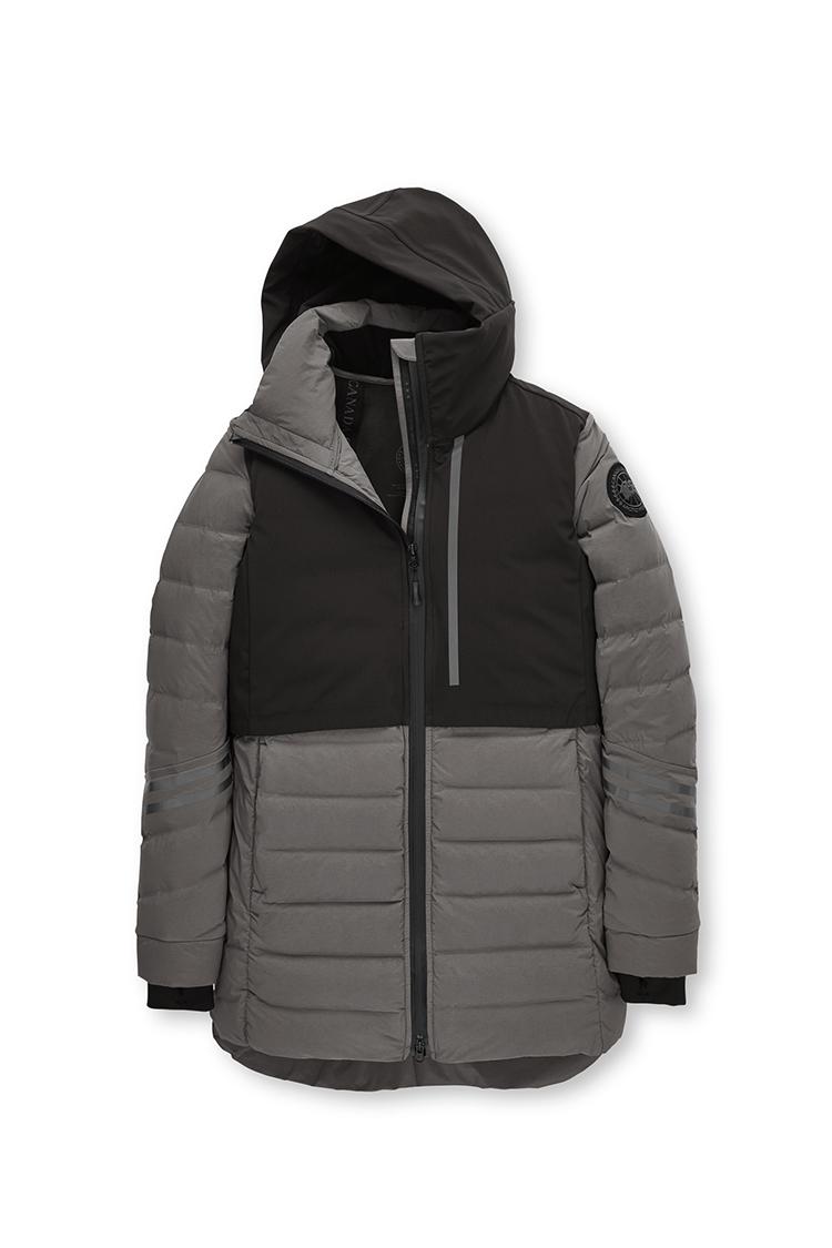 Kaufen Sie die Damen HyBridge CW Element Jacket Black Label