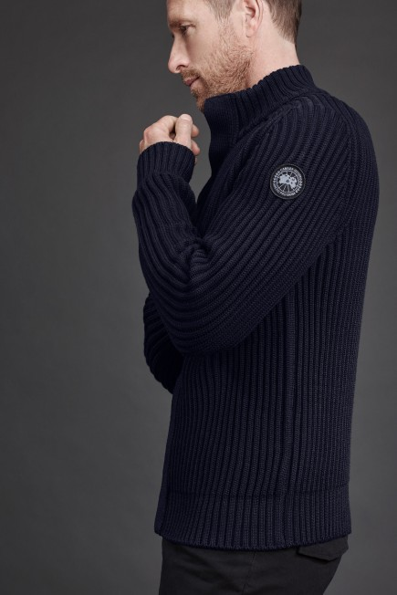Silvertown Sweater Black Label