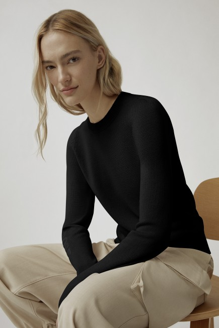 Saturna Crewneck Wordmark