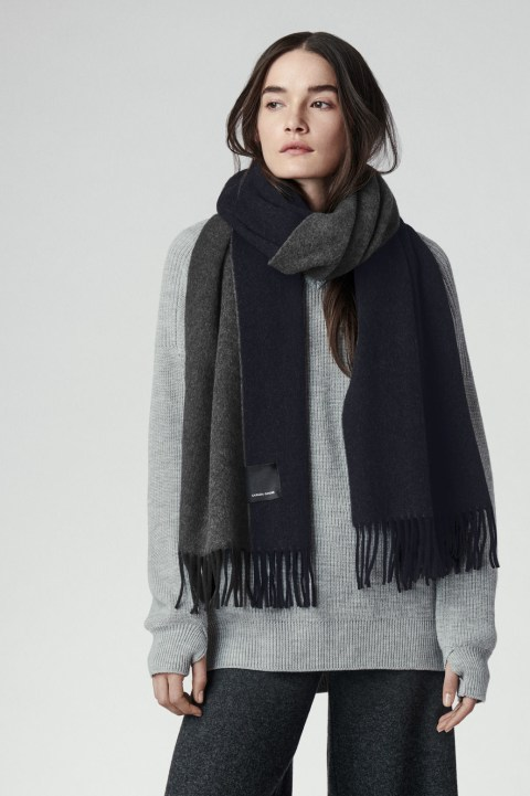 Women's Two Colour Woven Scarf | Canada Goose