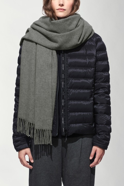 Women's Solid Woven Scarf   Canada Goose